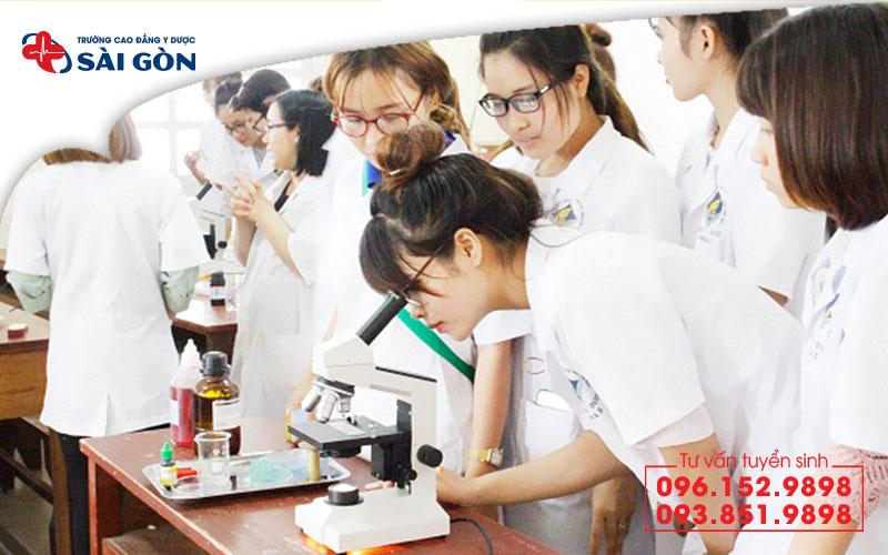 Trường Cao đẳng Y Dược Hồ Chí Minh đào tạo chuyên sâu về thực hành