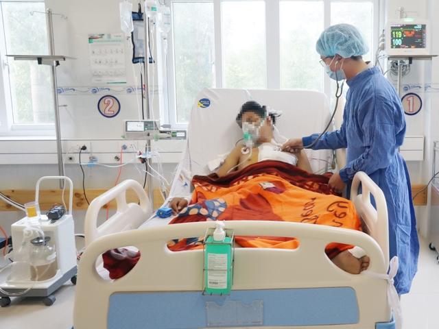 BV Đa khoa Xuyên Á: Màn rượt đuổi cứu sống một thanh niên bị mất hơn 4 lít máu