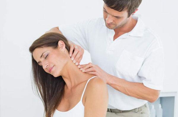 Bị đau cổ liên quan đến bệnh gì? 2