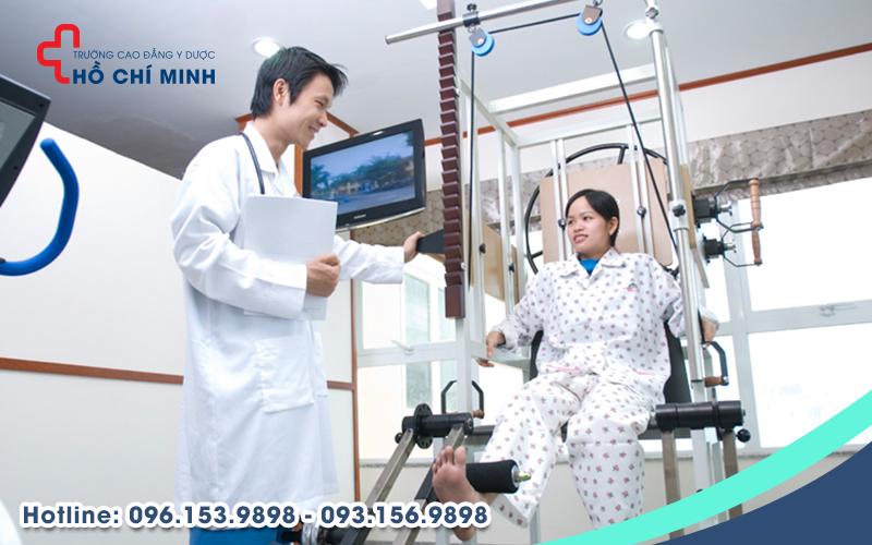 Vật lý trị liệu và phục hồi chức năng đóng vai trò quan trọng trong hệ thống Y tế