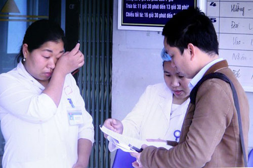 Lai Châu: Ai chỉ đạo đẩy 137 cán bộ y tế bỗng dưng mất việc ra đường
