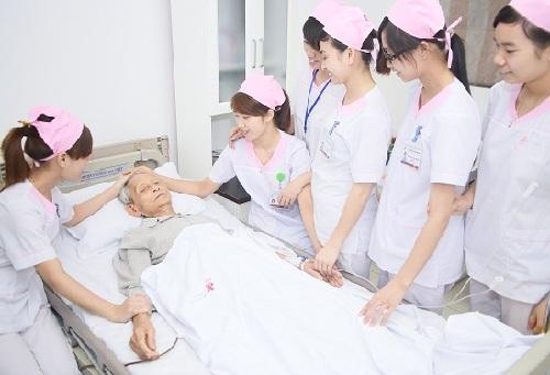 Thời gian đào tạo Cao đẳng Điều dưỡng TPHCM hệ chính quy là bao lâu? 1