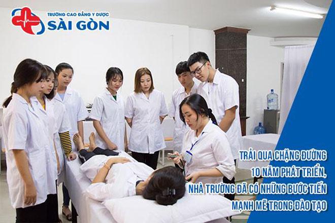 truong-cao-dang-y-duoc-sai-gon-tra-doi-ky-nang-nghiep-vu-cho-sinh-vien-11