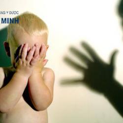 Bạo lực thân thể trẻ em! Cần chấm dứt!