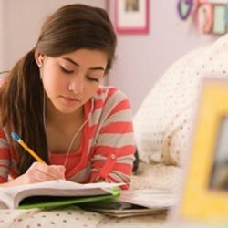 Học bài ở nhà trước khi đến lớp giúp bạn học nhanh hơn