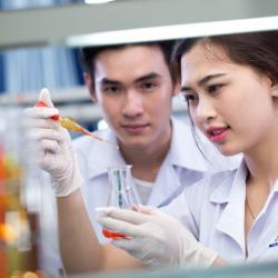 Học kỹ thuật viên xét nghiệm ở đâu TPHCM?