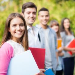 Học ngành ngoại ngữ để đón đầu xu hướng nghề nghiệp trong tương lai