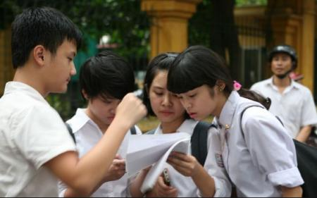 Lãnh đạo Bộ lên tiếng khi hiệu trưởng ca thán kiến thức thi THPT quá nặng