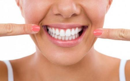 Mẹo hay trị dứt điểm bệnh nhiệt miệng