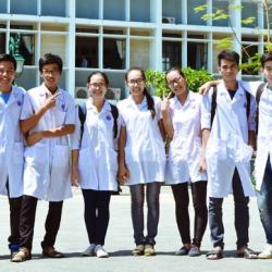 Vì sao các bạn nên lựa chọn ngành y để theo học?
