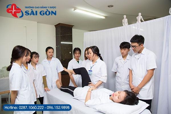tuyen-sinh-lien-thong-cao-dang-y-duoc-thang-3-nam-2020