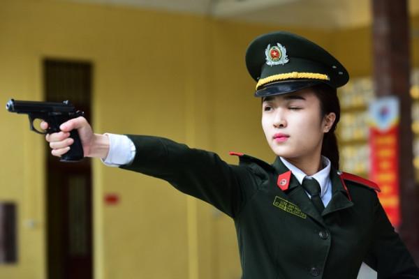 ty-le-choi-nganh-an-ninh-cao-ngat-nguong-trong-nam-2018